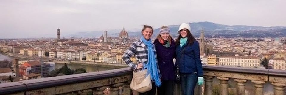 Students studying abroad in Italy